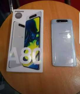 Galaxy A8 8 gb ram 128 gb storage