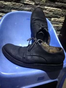 Sepatu kulit pantofel size 42