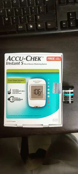 Accu-Chek Instant S Blood Glucose Monitoring System