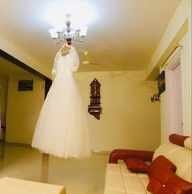 WEDDING BRIDAL WHITE GOWN FOR RENT!!