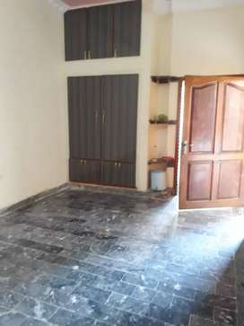 Phase3 k2 5 Marla lower purtion for rent Hayatabad