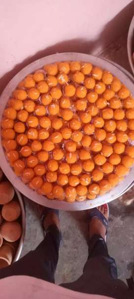 Halwai required for sweets