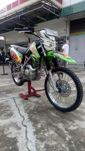 Kawasaki KLX Tahun 2009 Mentah Pajak Hidup Siap Pakai