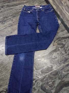Export branded jean available wholesale