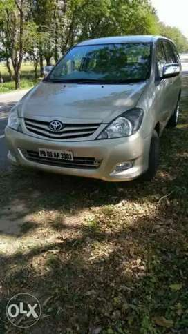 Toyota Innova 2009 Diesel Well Maintained⁹
