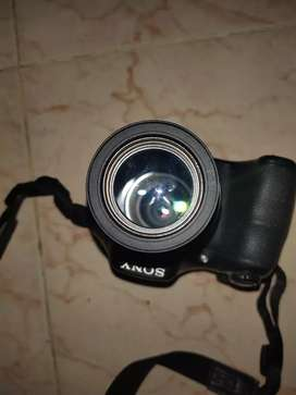 Sony camera h300 good working condition