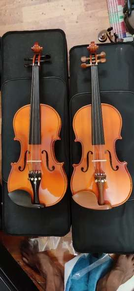 For sale -  Beautiful Violin with case and bow