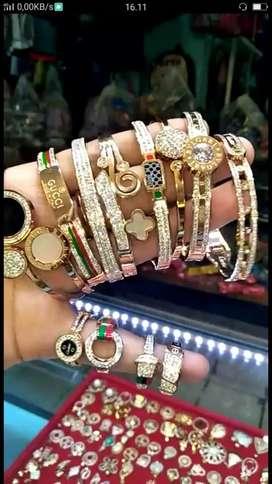 Beli mas dan berlian