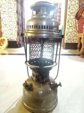 EFAR Brass Petromax Light
