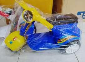 Sepeda mini anak motif vespa