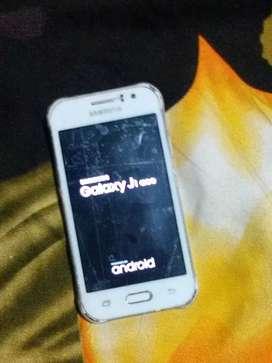 Yah phone at number company ka hair Samsung Galaxy j1 ace ka hai phone