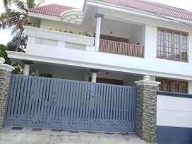 7.cent.land.3700.Sgf.posh.house.for.sale.