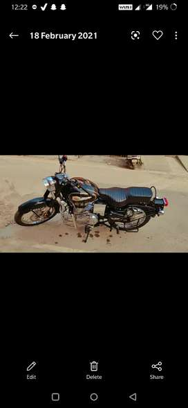 Royal Enfield bullet 350 hand painted tank not even one year