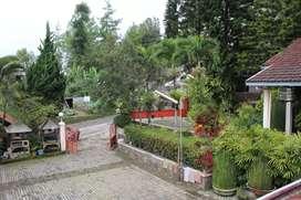 Rumah di Dago, city view..tanahnya luas.