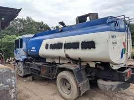 Dijual truck tangki Nissan PK215H 10.000 liter