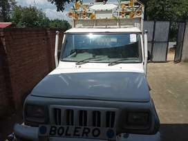 Mahindra Bolero Pik-Up 2002 Diesel 100000 Km Driven