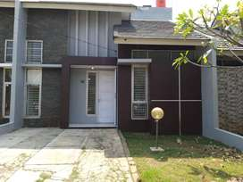 Dijual Rumah Di Perum Serpong Garden 1 Cluster Green Park Cisauk (YUN)