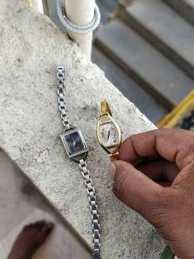 Silver-colored Pendant Necklace