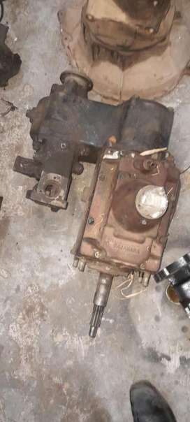 KMT90 5Speed  4x4 T18 Jeep Gearbox 26k & Inter Di Engine25k For Sale.