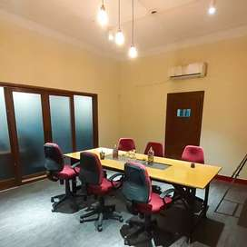 Furnished Private Office and Shared Coworking Space for Freelancers