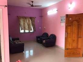 Semi Furnished 2BHK Flat in RG Nagar, Medavakkam for rent