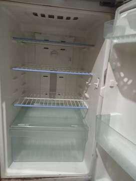 Samsung double door fridge in good condition