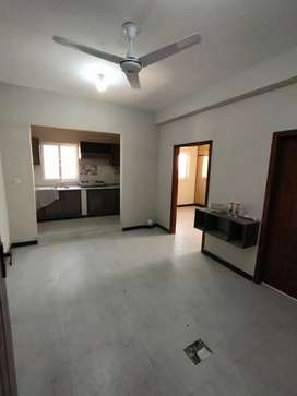 2bed flat available for rent