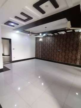 8Marla Like New House For Rent In Bahria Town Lahore Ideal Location