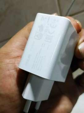 Asus Zenfone max charger ORI asli bawaan hp (garansi 2 bulan)