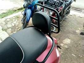 Backrack Modern Vespa GTS.Aksesoris Vespa GTS