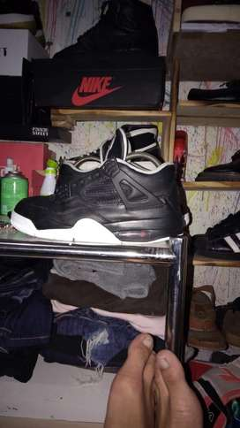 Air jodan 4 black
