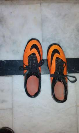 Nike football shoes(made in vietnam)