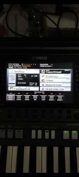 Yamaha psr s970 mint condition