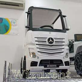 Mobil aki truck mercy actros lisenced