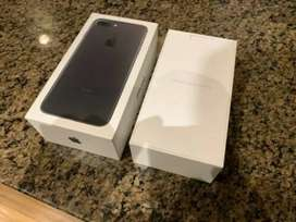IPhone 7 plus 256 GB factory unlock complete box complete