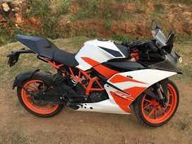 KTM RC 200 , 2017 May , 25000 driven and with NEW TYRES