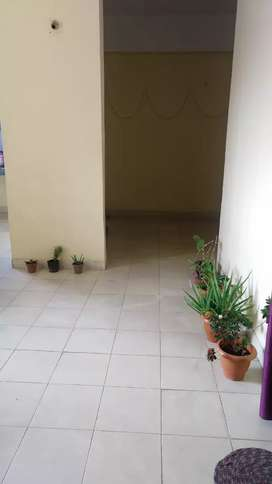 2 Room mates required (girls) for rent in a flat near zoo road tinali.