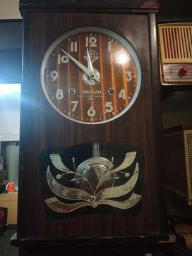 Pendulum clock bimbam
