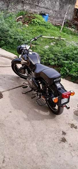 Good condition bike nd single owner