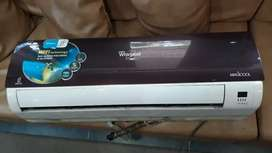 Whirlpool 1.5 TON A/c For sale With Copper Coiled