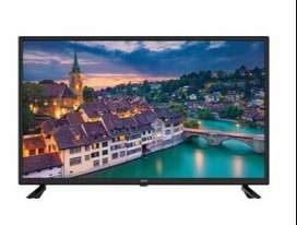 """Maha Bachat offer 32 """" smart full HD LED TV with Box pack on sale"""