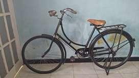Jual sepeda onthel lawasan siap gowes