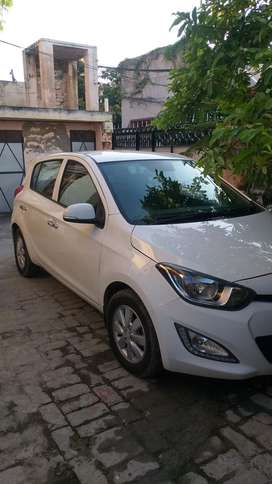 I20 top model asta seal engine2013 model diesel