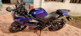 Yamaha R15 V3 ABS. 05 months old. Only 2 service done.showroom 171300₹