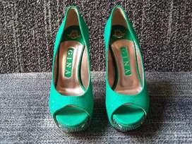 Sepatu high Heels GINA england