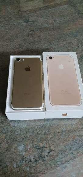 IPHONE 7 32GB GOLD 1 YEAR USED