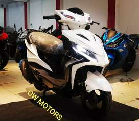Imported 150cc scooter +bike fully automatic with beautiful shape