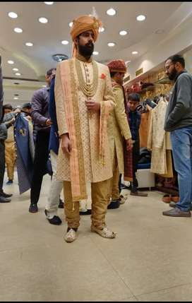 Wedding sherwani... fabulous condition awesome design.