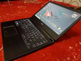 """Laptop Acer Travel Mate 14"""" core i5 Ram 8 HDD500 intel HD 5500"""