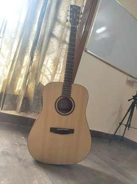 Premium quality guitar